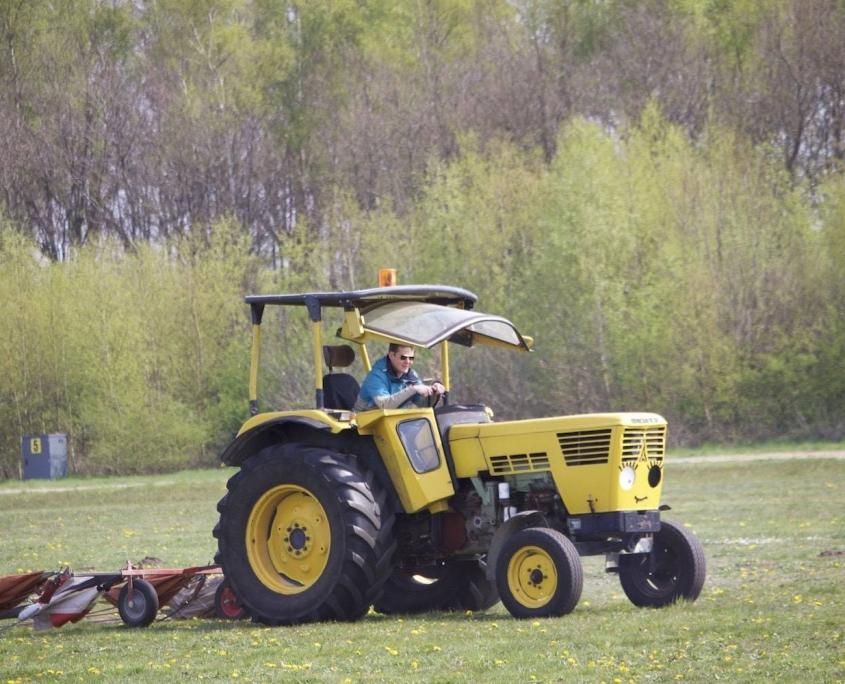 Zweefvliegclub Volkel Tractor